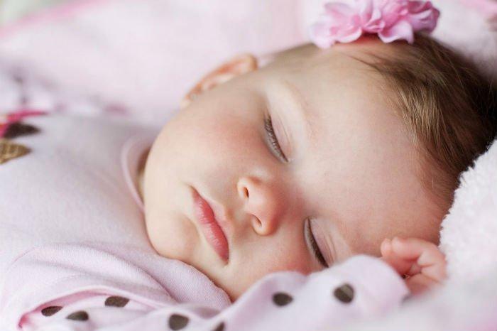 9+1 συμβουλές για να κοιμάται το μωρό το βράδυ d39485660a3