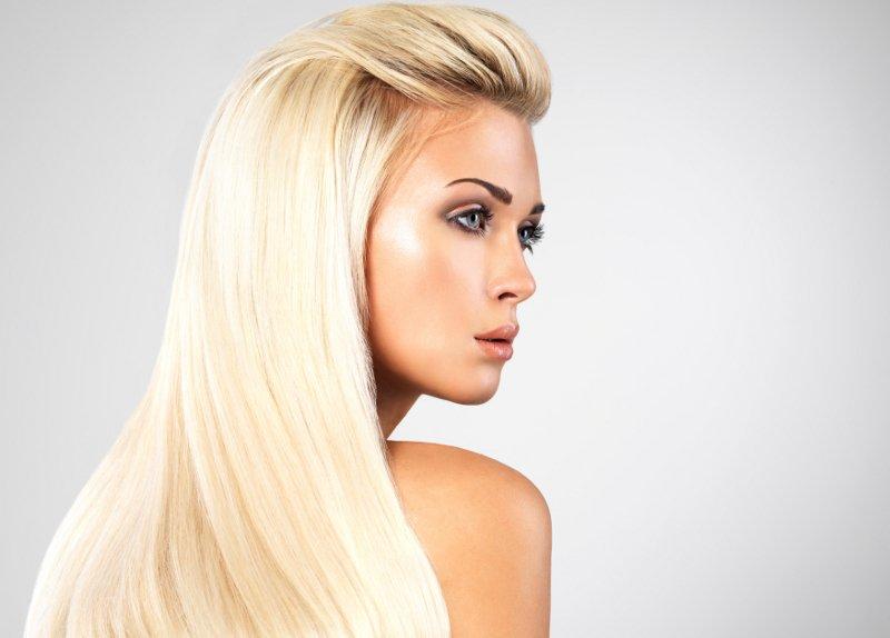 Όλα όσα πρέπει να γνωρίζετε για το ντεκαπάζ  τρόποι και θεραπείες για  επανόρθωση των μαλλιών 47178a3e5fa