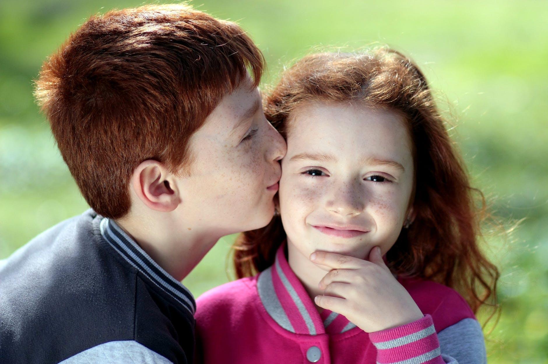 πράγματα που πρέπει να ξέρετε όταν βγαίνετε με ένα μικρό κορίτσικοπάδι σε απευθείας σύνδεση dating